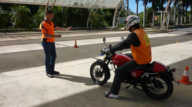 Beginners Motorcycle Lessons Sunshine Coast